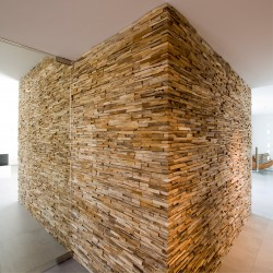 Wonderwall Studios - Panneaux muraux salon bois Mercury